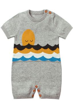 灰色可爱的害羞太阳图案针织T恤婴儿哈衣