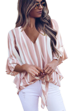 粉色时尚垂直条纹V领3/4袖衬衫