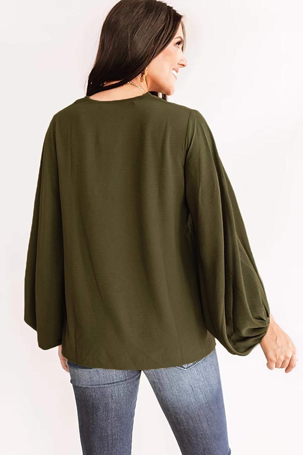 绿色V领弹性袖口长袖轻巧简约上衣 LC253047