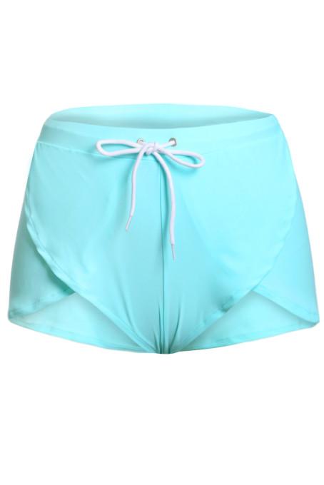 浅绿色松紧系带沙滩短裤