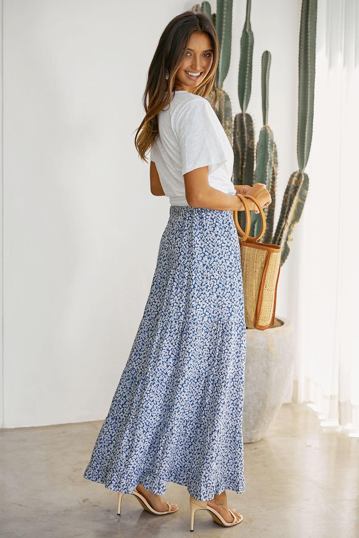 天蓝色印花高低荷叶边下摆中长款半身裙 LC65229
